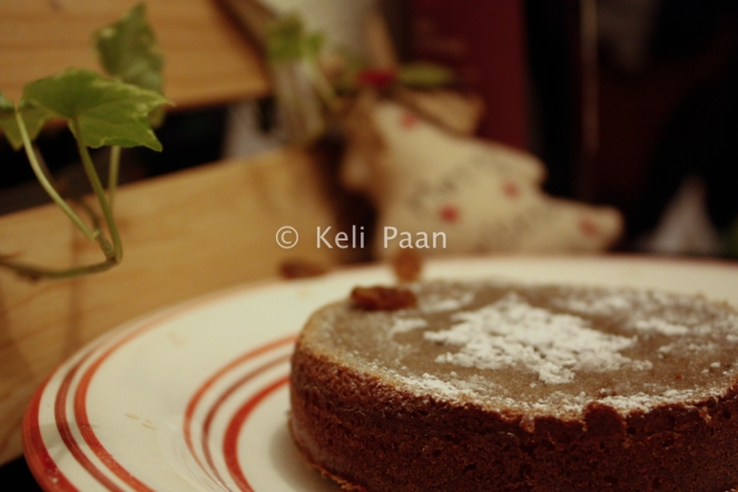 Sultana & Mulled Wine Cake