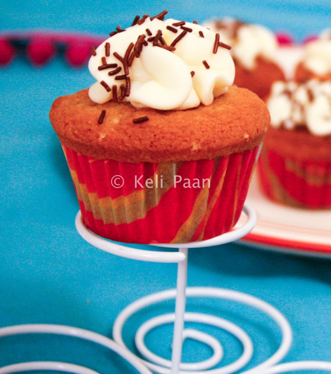 Peanut Butter Cupcakes with Vanilla flavoured frosting