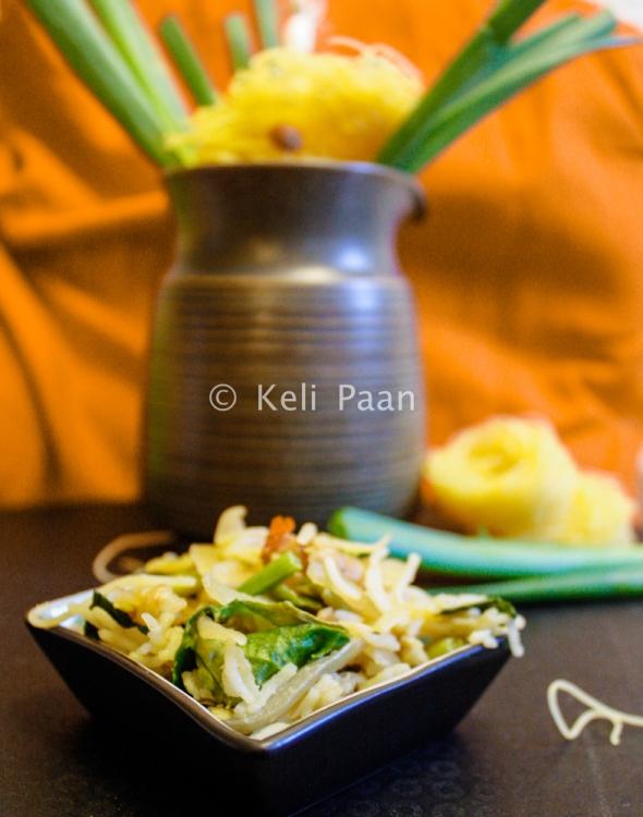Peanut flavoured rice noodles stir fry