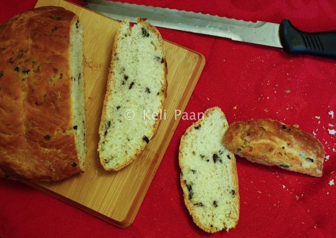 Olive & Basil bread