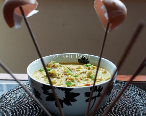Garnish with chopped capsicum