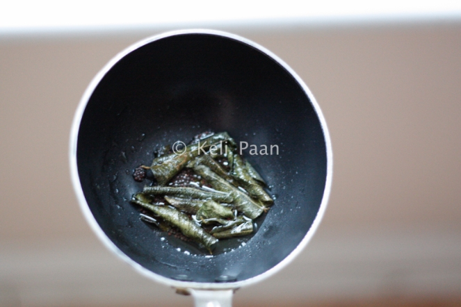 Mustard seeds & curry leaves tempering