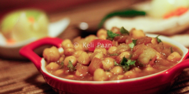Chole/Chickpea in a tangy spicy Indian sauce..