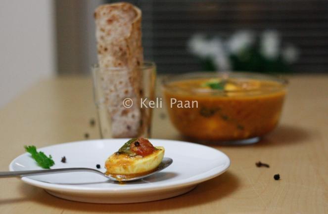 Muttai Kolumbu/ Egg curry with a twist from Tamil Nadu..