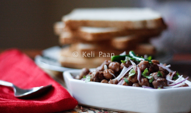 Chana Masala.. grab the bread & dig in.. :)