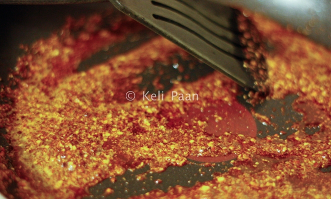 Fry the masala powder in the butter..