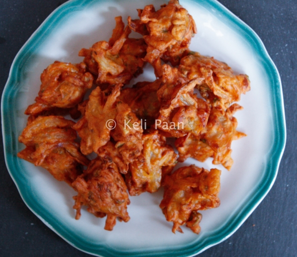 Pakoda's drained on a kitchen towel & ready to be served..