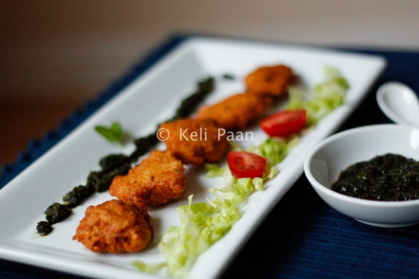 Moong Daal ke Vade/Split Moong Bean Fritters..