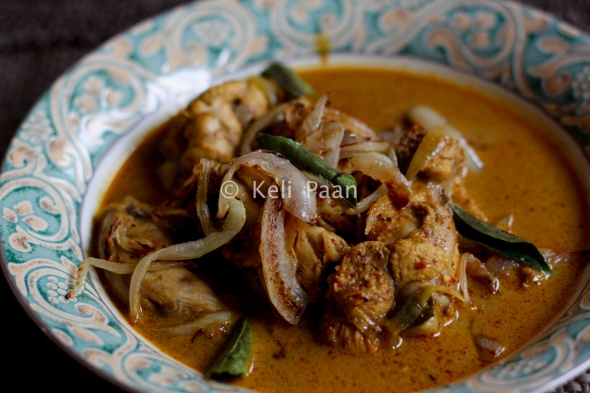 Kori Ghassi/Mangalorean style chicken curry...