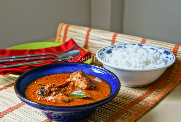 Chicken Puli Munchi/Chicken in Tangy Hot curry- Mangalorean style