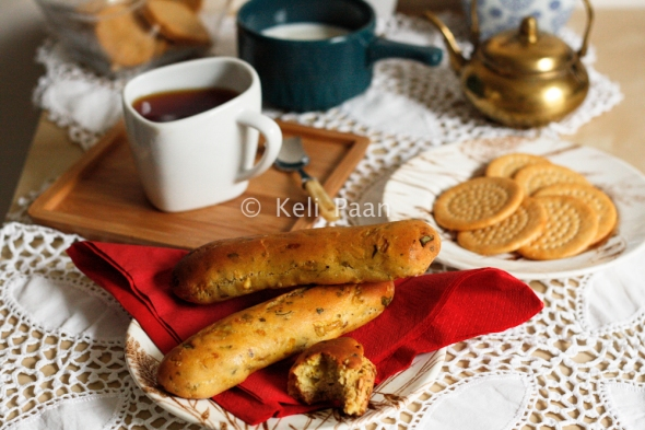 Indian flavoured Bread rolls/Masala bread rolls.. they go perfect with Masala chai..